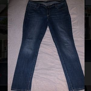 "Old Navy ""Curvy"" Straight Leg Jeans"